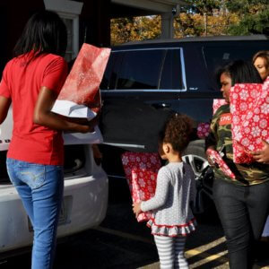 Holiday Giveback Program 2018 - The Middlebrook Foundation Charity 3