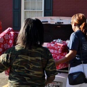 Holiday Giveback Program 2018 - The Middlebrook Foundation Charity 4